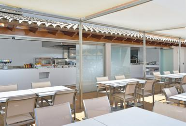 Bar de la Piscine (Edifice Suites) Alua Hawaii Mallorca & Suites Palmanova, Mallorca